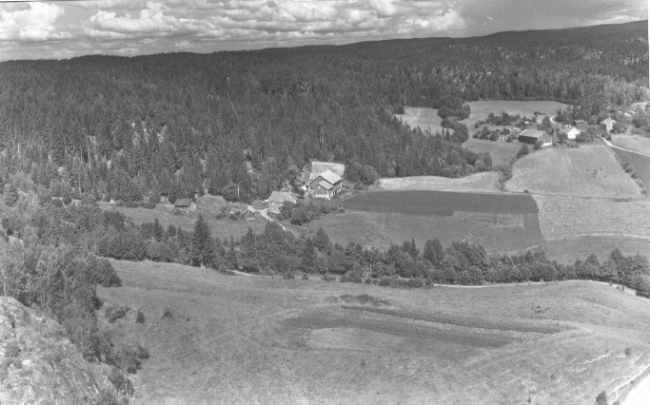Isebakke 1956 Foto: Widerøe Flyveselskab A/S