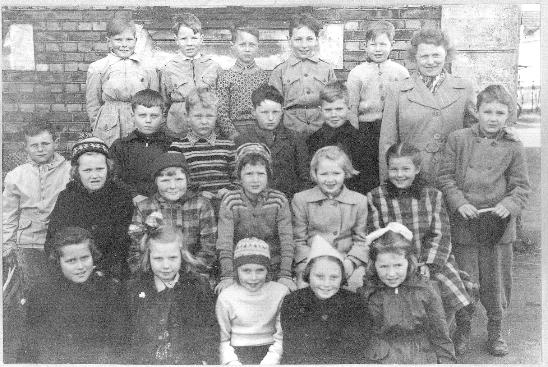 Lande skole i 1954, 3. klasse.