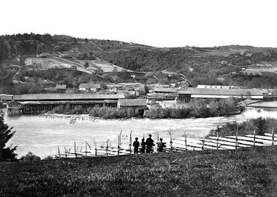 Sanne og Soli Brug under sin storhetstid. Bildet er fra 1882
