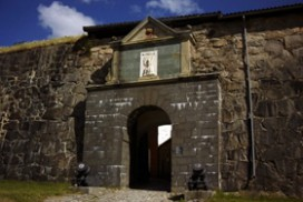 Porten ved Fredriksten Festning