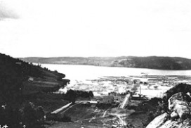 Tømmerlense i Eidet i 1910